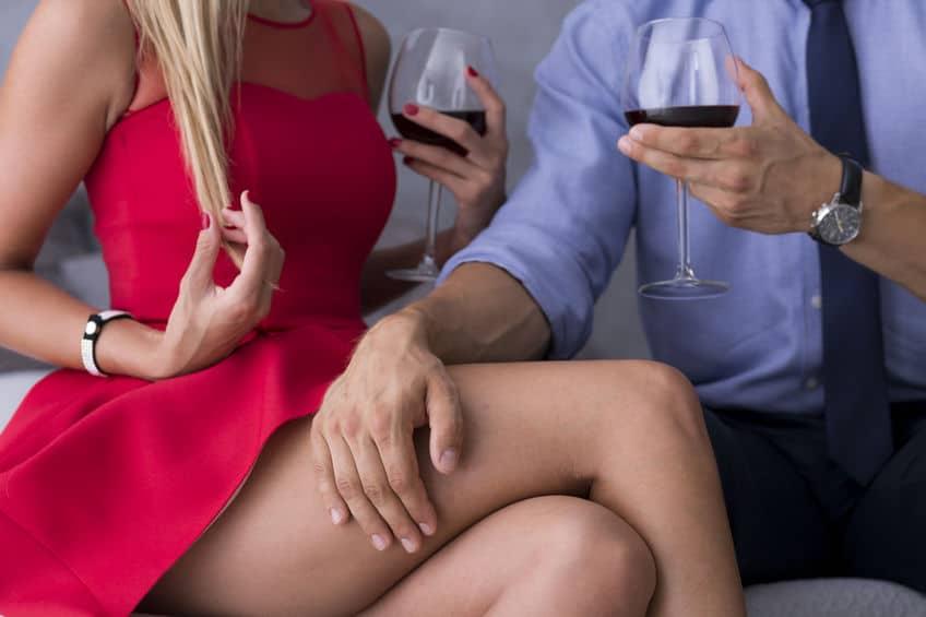 наносит как совратить жену на секс иногда останавливался здесь