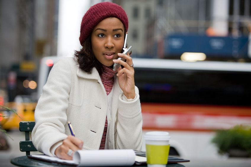 woman calling someone on the phone